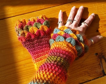 Dragon Scale/Crocodile Stitch Wrist-Warmers/Fingerless Gloves