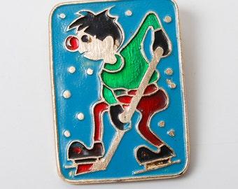 Vintage pin, character of Russian cartoon rah rah rah,  Badge  from  USSR.