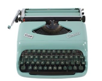 Rejuvenated Consul Comet Typewriter in Excellent Working Order - FREE Domestic Shipping