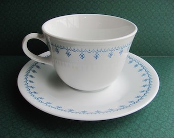 Corelle Livingware Snowflake Blue Garland Cup And Saucer Sets 11 Available Matches Pyrex Pattern