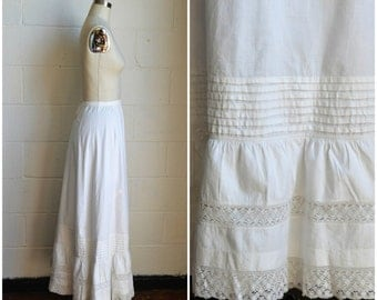 Antique 1900s Petticoat White Cotton Skirt with Beautiful Lace Trim Ruffle Flounce and Horizontal Pleated Detail 29 inch Waist Size Medium