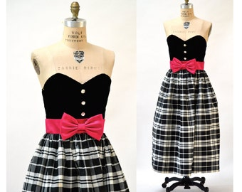 Vintage 80s Prom Dress Black and White Plaid Size Medium Large// 80s does 50s Black Strapless Party Dress with Pink Bow