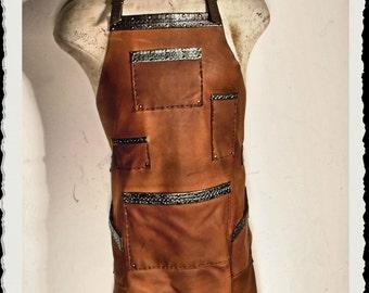 Handmade leather apron - Stylist / Barber / Tattoo / Bartender - Steampunk -