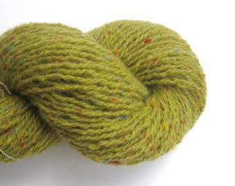 Light Worsted Weight Recycled Wool Yarn, Pistachio Green
