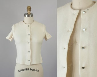 1950s Vintage Ivory Wool Blouse. 50s Vintage Knit Button Down Top (XXS)