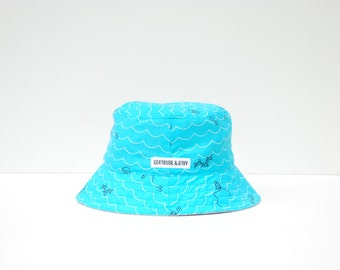 Baby Sun Hat with strap - Seven Seas with Grey