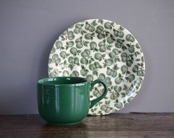 Vintage English Ironstone EIT Fruit Saucer & Green Mug