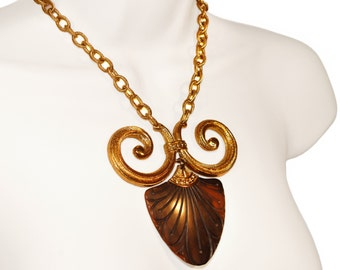 Vintage Trifari Necklace, Signed, Vintage 1970s