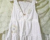 Cute Baby Doll Top, white eyelet lace, romantic embellished lacey trim hem, sweet girly girl dainty feminine PETITE JR Small