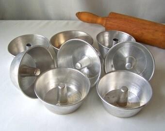 Vintage Miniature Baking Pans Bundt Cake Pans 8 Mini Round Metal Pans Vintage 1970s