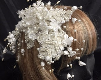 Vintage Pearl and Flower Bridal Hair Accessory