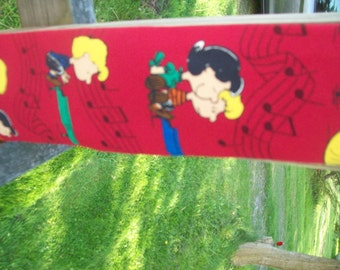 Peanuts Lucy and Schroder Tie