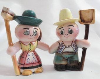 Vintage Farmers Novelty Salt and Pepper Shakers