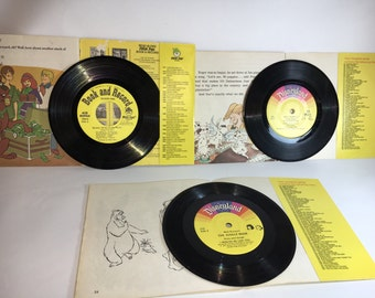 Scooby-doo, the 101 dalmations, or the jungle book with 45 record