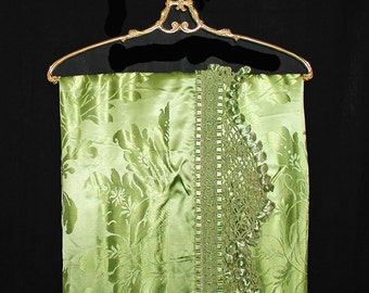 Spring Green 1940s DAMASCO SAN LEUCIO Italian Satin Damask Coverlet or Bedspread With Beautiful Tasseled Trim - Like New
