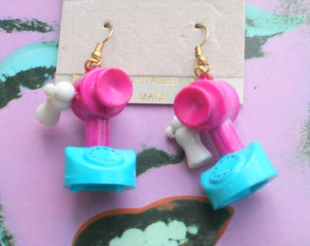 1985 TELEPHONE Earrings...kitsch. retro. earrings. new old stock. jewelry. kitschy charms. tea party. novelty. cute. kawaii. kooky. colorful