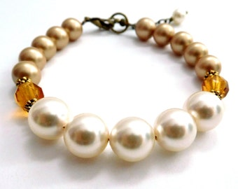 Ivory gold pearl bracelet, crème caramel colors, Cream n Vintage Gold crystal pearls, two tone bracelet, pearl jewelry, Fall jewelry