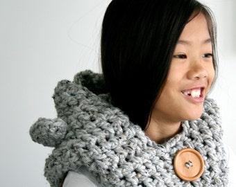 Chunky Bear Hooded Cowl,Winter Accessory,Animal Hood,Chunky Cowl,Baby,Child and Adult Sizes available