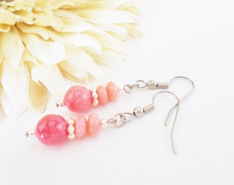 Coral Pink Earrings, Coral Beaded Earrings, Pink Stone Earrings, Bridesmaids Earrings, Wedding Earrings, Salmon Pink Gold Earrings, Clip On