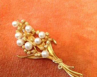 Stunning vintage Pearl 14k Yellow Gold Bouquet Brooch 8g
