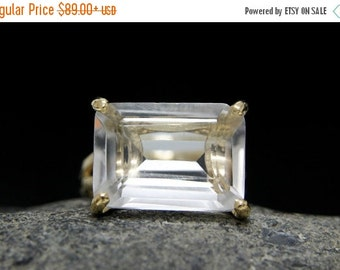 SUMMER SALE - gold gemstone ring,clear quartz ring,crystal quartz,rectangle ring,cocktail ring,gold ring,wow ring,statement ring