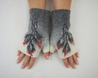 Felted Fingerless Gloves Fingerless Mittens Arm warmers Wristlets Merino Wool Gray White Floral