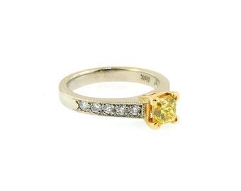 18k White and Yellow Gold w/ 1.02ct  Yellow Princes Cut Diamond Ring. Size 6.75