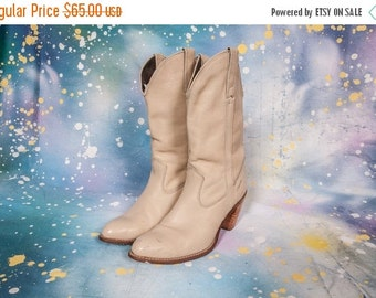 30% OFF CAPEZIO High Heel Cowboy Boot Women's Size 8 .5 M