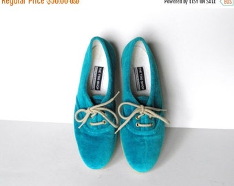 ON SALE Vintage Velour Lace Up Loafers - Vintage Jazz Shoes - Aqua Sneakers - The Tog Shop