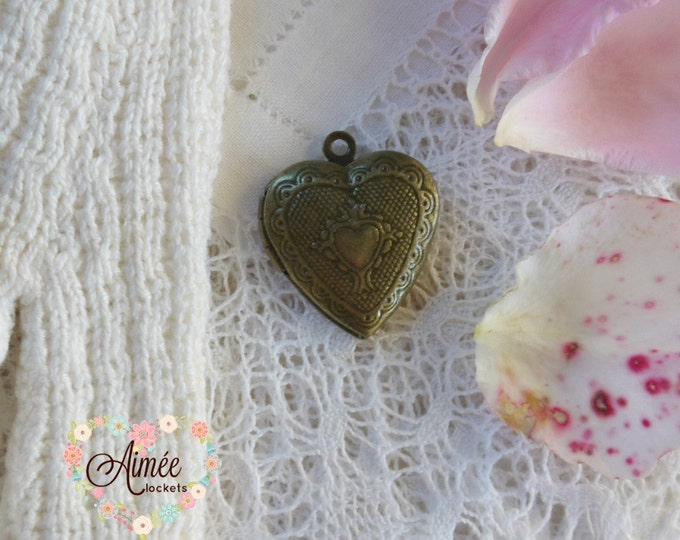 heart locket, brass locket, antique bronze heart locket, photo locket, vintage heart locket, victorian heart locket, memory locket