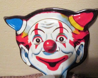 Vintage Tin Halloween Clown Noise Maker. U.S. Metal Toy Mfg.  Made in USA. Y-361