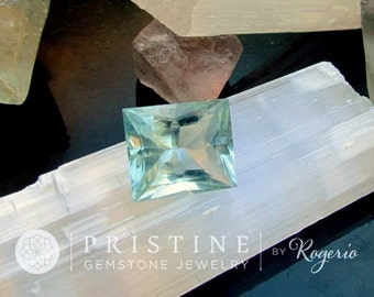 Loose Aquamarine 7.90 cts March Birthstone for Jewelry Pendant