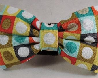 Dog Flower, Dog Bow Tie, Cat Flower, Cat Bow Tie - Bot Dot Retro