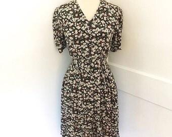 Ditsy floral sailor collar dress