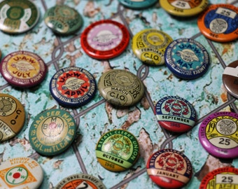 Vintage Union Buttons Pins