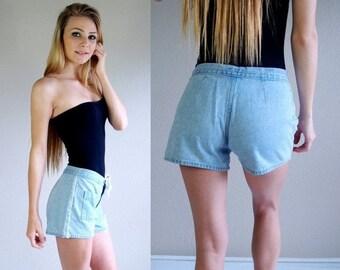 Half Off vtg 90s pale blue DAISY LACE trim SHORTS Small/28 pockets hippie grunge denim jeans crochet
