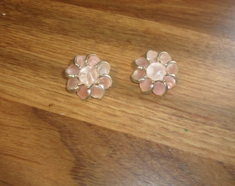vintage clip on earrings pink glass goldtone
