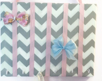 Hair Bow Holder Small-Medium-Large Gray / White Chevron Padded Hair Bow Organizer with Hooks for Headbands