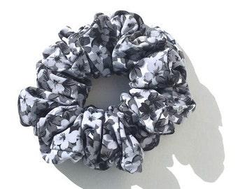 Black and Gray flower Spandex Scrunchie