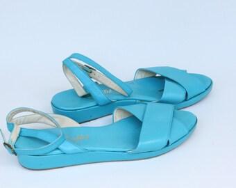Vintage Women's Light Blue Pappagallo Sandals Size 9