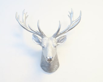 Mini Silver Deer Head Wall Mount - All Metallic Silver - Home Decor Wall Mount SD1010