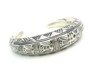 Tribal Cuff Bracelet. Sterling Silver 965.  Hand Engraved, Stamped. Tuareg Style. 35.9 g. Vintage Silver Jewelry