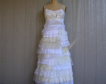LACY LADY ICING Party or Wedding Dress