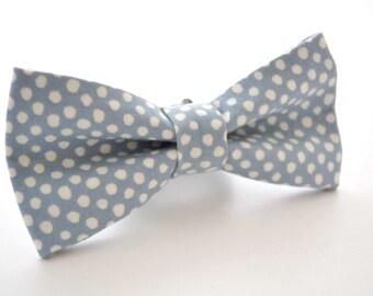 Bowtie in Dusty Blue Polka Dot, Slate Bow Tie, Blue-Gray Bow Tie, Groomsmen Bow Tie, Wedding Bowties, Adjustable Bow Tie