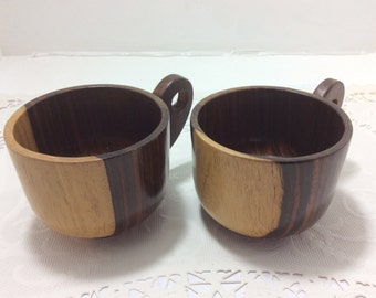 2 wooden cups, coffee cups, tea cups
