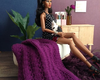 1:6 scale Delicate Lace-Knit Throw Blanket in Eggplant for Diorama or Dollhouse