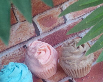 cupcake soaps. set of 3, soap, handmade soap, bath, beauty, glycerin soap, glycerin soap, party soap, soap favors