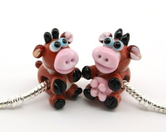 BHB big hole bead for european bracelet Glass lampwork Bull and Cow Bead / sculpture/ figurine / miniature