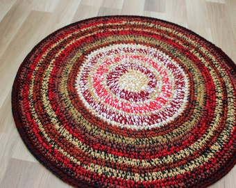 Cute small hand crochet rug, measures 30 inches in diameter, ready to ship