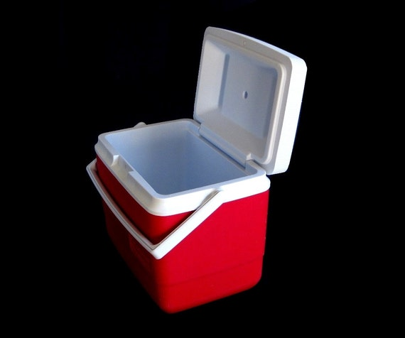 FUN SHAPES CAR furthermore 5726 21RCP as well Vintage Rubbermaidgott 50 Cooler No 8280 additionally Search together with BUBBA BIG STRAWS 5PK BOLD. on rubbermaid refreeze bottle for cooler